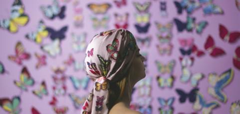 L'Ottobre Rosa di Dee di Vita: una carezza leggera con le farfalle di Pink Butterflies
